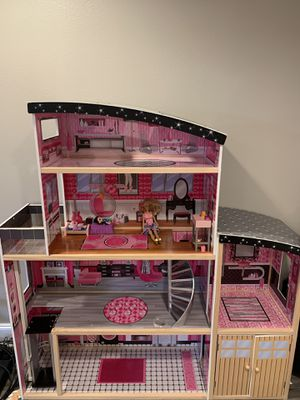 Barbie dollhouse for Sale in Bellevue, WA