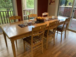 Ethan Allen Dining Table for Sale in West Linn, OR