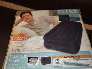 Intex twin for Sale in Los Angeles, CA