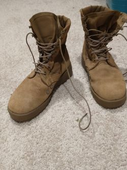 Hot Weather Army Combat Boot Coyote. Size 37 Euro. Great Shape for Sale in Gig Harbor,  WA