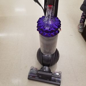 Dyson cinetic vacuum for Sale in Issaquah, WA