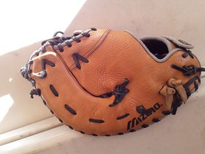Mizuno Baseball 1st base glove for Sale in Inglewood, CA