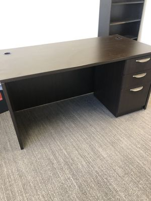 Desks and office stations for Sale in San Diego, CA