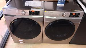 NEW SAMSUNG ROSE GOLD FRONT LOAD WASHER AND DRYER SET for Sale in Houston, TX
