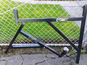 Haul-Master 250 lb Capacity Truck Ladder Rack for Sale in Tacoma, WA