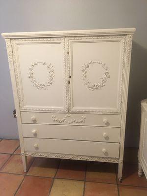 Stunning SLIGH Antique Full Bed Vanity / Desk Trifold Mirror Wardrobe / Dresser ALL OFFERS CONSIDERED for Sale in Phoenix, AZ