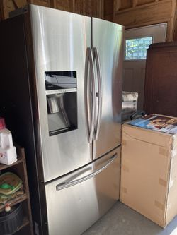 Samsung French Door Refrigerator  for Sale in Belton, SC