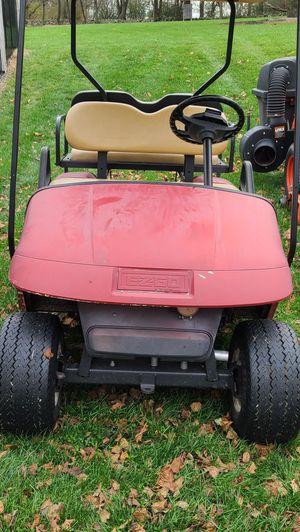 EZ Go txt gas golf cart for Sale in Wernersville, PA