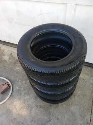 185/65/R14 semi new tires for Sale in Whittier, CA
