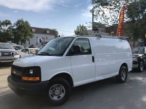 2007 chevy express 2500 for Sale in Chicago, IL