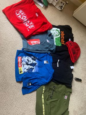 SUPREME COLLECTION SUPREME SHIRTS HATS LS and SS for Sale in West Bloomfield Township, MI