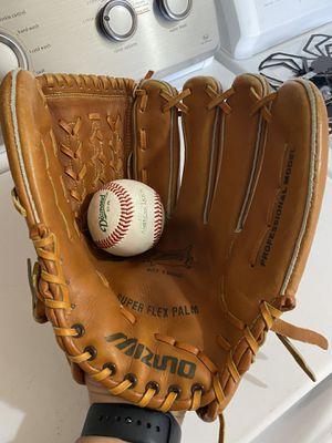 """Mizuno MT1900 Pro Baseball Glove 13.5"""" for Sale in Albuquerque, NM"""