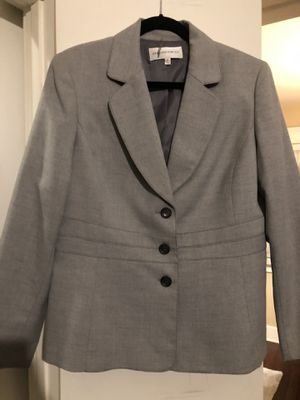 Women's 2pc Pant Suit for Sale in Anaheim, CA
