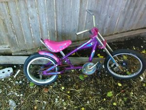 Girl kids bike for Sale in Detroit, MI