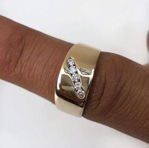 Men's 14k Gold Diamond Ring for Sale in Lynwood, CA