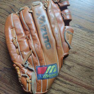 Used Mizuno Baseball Glove Maxflex Professional Mt10000f8 for Sale in Prospect Heights, IL