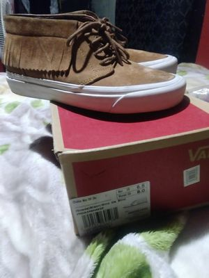 Womens brand new size 8 vans chukka moc $40 for Sale in Chicago, IL