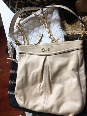 Beautiful Coach purses for sale for Sale in Redondo Beach, CA