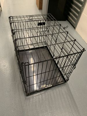 """Dog crate 30""""x24"""" for Sale in Los Angeles, CA"""