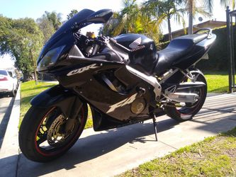 2005 Honda CBR 600 F4i Clean Title In Hand Tags Dec21 for Sale in Fountain Valley,  CA