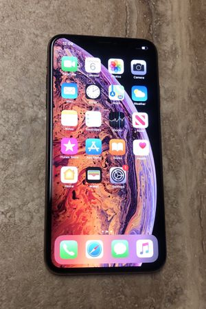 iPHONE XS MAX 512GB GOLD ATT CRICKET AT&T for Sale in Hollywood, FL