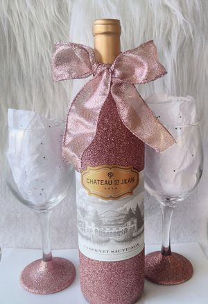 Rose gold Glittered Holiday gift set for Sale in Spring, TX