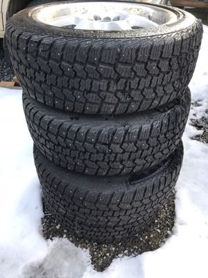 Set of snow tires on nice rims. 215/50 R17 for Sale in Wenatchee, WA