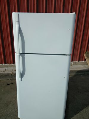 Kenmore 18cuft Refrigerator for Sale in Ceres, CA