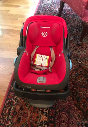 Uppababy Vista car seat for Sale in Rutherfordton, NC