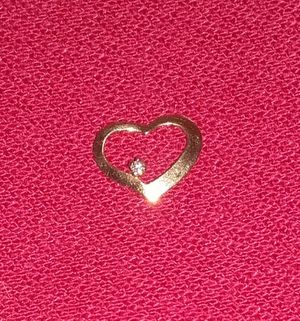 14K Gold Floating Heart w/ Diamond for Sale in Parkland, FL