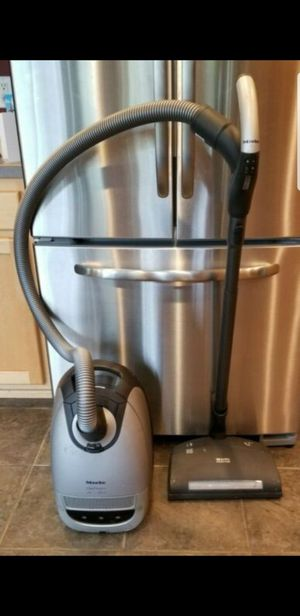 Miele capricorn for Sale in Tualatin, OR