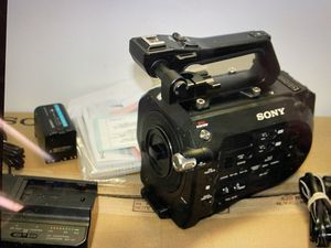 Sony PXW-FS7 XDCAM 4K Super 35 Camera System Mark 1 Body Only for Sale in Brooklyn, NY