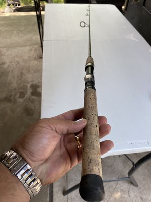 Castaway spinning Rod $25 cash all eyes perfect for Sale in Pasadena, TX