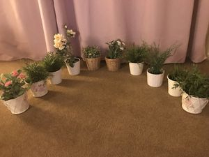 10 artificial plants with vasess for Sale in Sharpsburg, PA