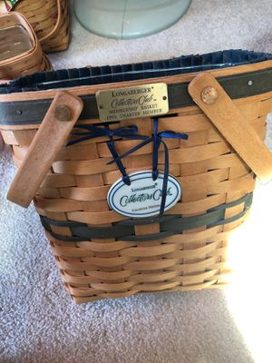 Longaberger basket. Collectors club membership basket for Sale in Cuyahoga Falls, OH