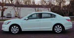Honda Accord Well Maintained sedan automatic for Sale in Des Moines, IA
