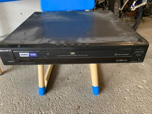 6 disc DVD player for Sale in DeKalb, IL