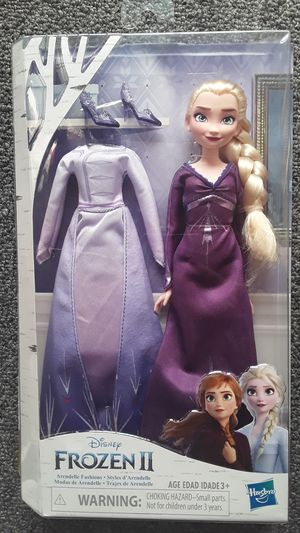 FROZEN II ELSA DOLL & ACCESSORIES NEW TOYS $16 ✔✔✔✔PRICE IS FIRM✔✔ for Sale in Huntington Park, CA