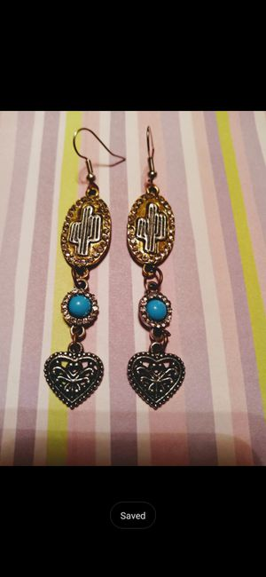 Cactus and heart earrings for Sale in Batesburg-Leesville, SC