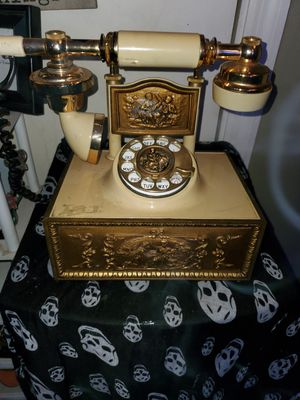 Vintage Victorian style Rotary Phone for Sale in Eastman, GA
