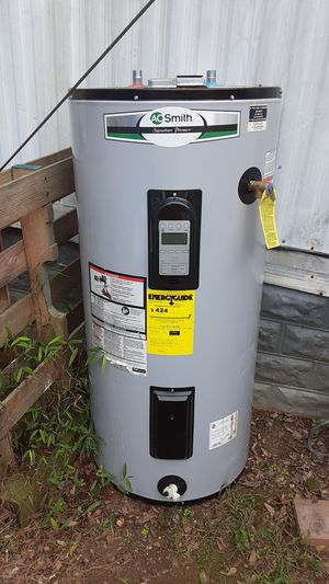 Digital AO SMITH HOT WATER HEATER for Sale in Haw River, NC