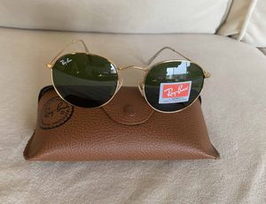 Brand New Authentic RayBan Round Sunglasses for Sale in Las Vegas, NV