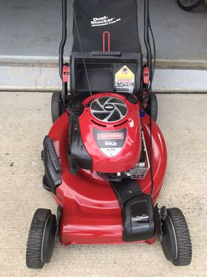 Craftsman gold self propelled lawn mower for Sale in New Lenox, IL