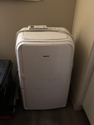 Portable. A/C. Heater humidifier for Sale in San Antonio, TX