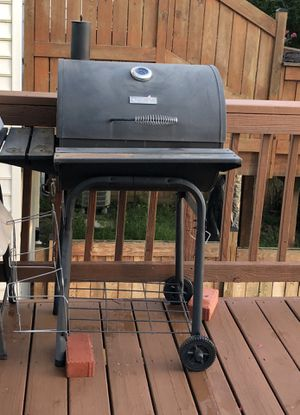 Charcoal BBQ Grill for Sale in Fairfax, VA
