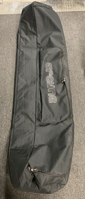 161 double padded travel snowboard bag for Sale in Las Vegas, NV