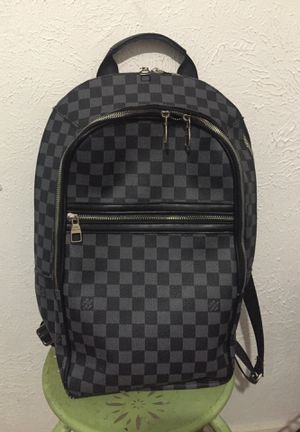 Louis Vuitton backpack 🎒 for Sale in Dallas, TX