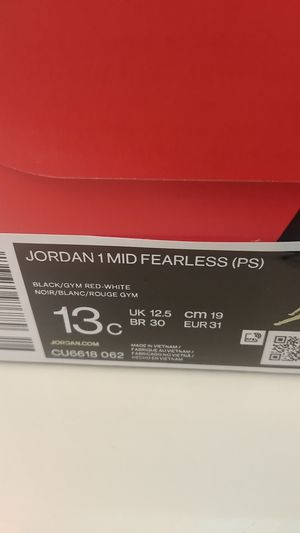 Jordan 1 MID FEARLESS for Sale in Pittsburg, CA