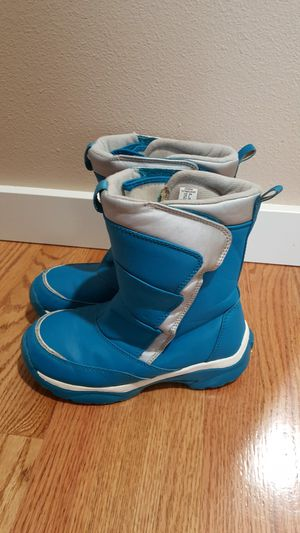 Girls Snow Boots Size 3 for Sale in Everett, WA