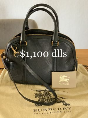 Burberry black leather crossbody bag for Sale in San Diego, CA